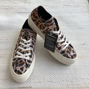 NWT women's converse leopard print platforms